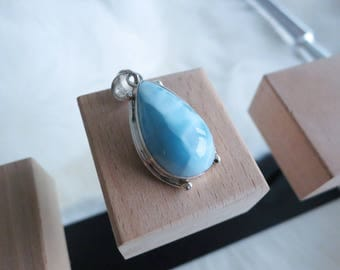 Handmade Raindrop Shape Genuine Dominican Republic Larimar Sterling Silver Pendant