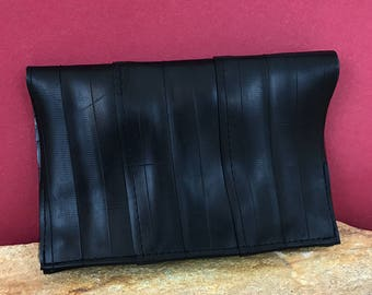 Tobacco pouch/tobacco pouch from inner bicycle tube