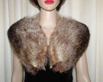 "Joli collet  de chat sauvage châle / Vintage nice  shawl  raccoon fur collar  38"" X 5""1/2"