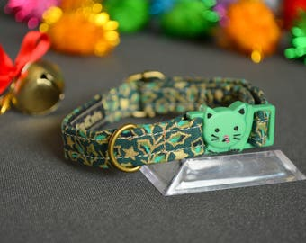 GREEN Christmas cat collar - cat collar with jingle bell - breakaway cat collar - luxury cat collar - boy cat collar - girl cat collar
