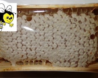 SALE! Natural Honeycomb raw honey in wood square, 12,17oz (345 gr). Honey with comb. Miele in favo. Wabenhonig