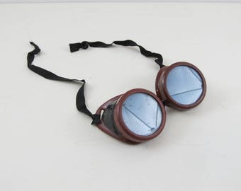 Vintage riding goggles, mid-century bakelite driving goggles, welding safety goggles /w green lenses, Mad Max industrial steampunk glasses