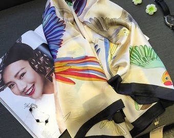Luxurious Extra Large Silk Wrap/Shawl With Soaring Parrots