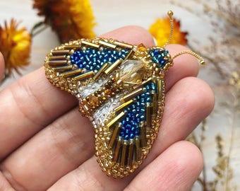 Beaded butterfly pin/pendant - Butterfly brooch - Butterfly pendant - Beaded butterfly - Gold pin - Embroidered Butterfly - Beaded moth