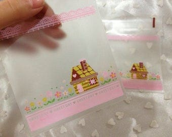 Cookie bags 20 piece set 9 x 9 + 3 cm with drawing casetta nel bosco