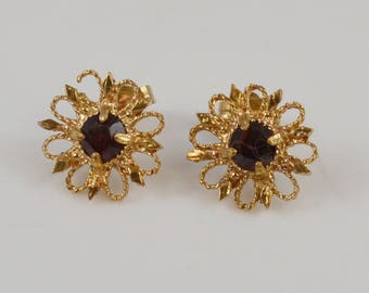 14k Yellow Gold Garnet Flower Look Earrings(01076)