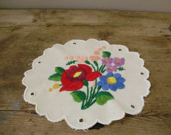Unused,Vintage,Hungarian handmade embroidered doily,Kalocsa flower pattern,Cottage/Shabby Chic
