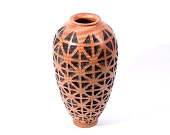 maple vase, carved qx-240