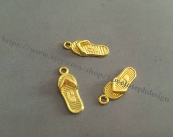 wholesale 100 Pieces /Lot Antique Gold Plated 18mmx22mm slippers  Charms (#0314)