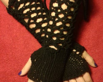 Tied Lace Fingerless Gloves