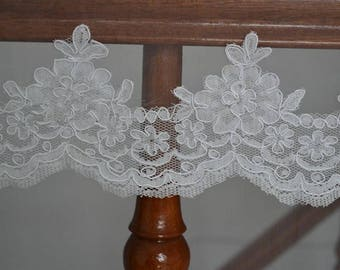 white Trim Lace, Lace Trim for Bridal Veil, Wedding Lace Trim, 4.72 Inches Wide 1.09 Yards/ Craft Supplies, WL781