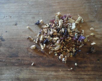 TEA MIXTURE _ light: lemon peel, chamomile and marshmallow (50 g / 1.76 oz)