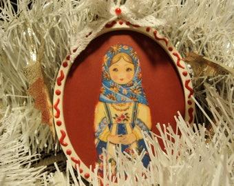Decorating the tree, Christmas decoration, decorative medallion, the Christmas of celadon.