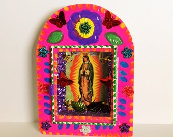 Virgen de Guadalupe Colorful Metal Nicho Shrine Ornament Altar / Altar Our Lady of Guadalupe Nicho Handmade Day of the Dead Virgin Mary