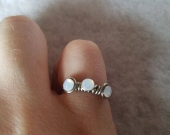 White and Silver Hand Wire Wrapped Ring, Gift for her, Handmade, Wire jewelry, Wire, Gemstone, Jewelry, Pretty