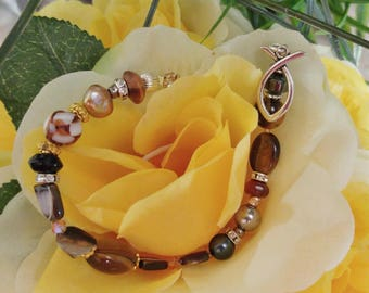 Exceptional Bracelet:  long and beautiful for the larger wrist