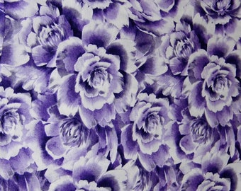 Fabric - Purple flowers - Sewing Crafts Scrapbook - -Priority Shipping Worldwide - More Material n Shop