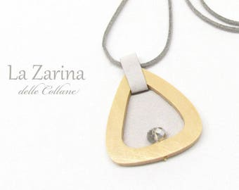 Zen-style wooden pendant and silver-coloured cloth