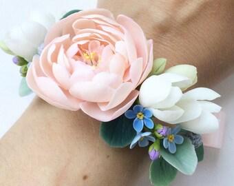 Flower wedding corsage bribdal corsage bridal bracelet, peony corsage, bridesmades corsage, peony bracelet, flower corsage, rustic corsage