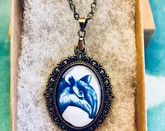 Handmade Tapier necklace in bronze setting