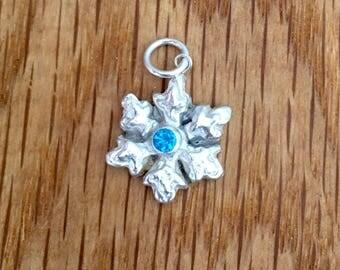 Sale - Silver snowflake pendant, Snowflake pendant, silver snowflake, Frozen fractal, Frozen pendant, Frozen, necklace, turquoise, silver,