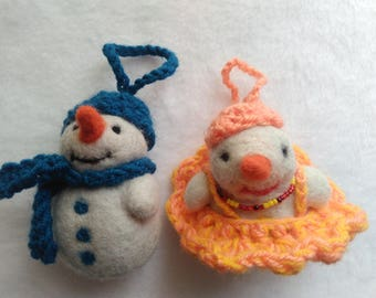 snowman a gift for the new year decoration on Christmas tree felting snowman New Year's snowman woolen primitive snowman Christmas toy