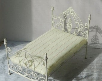 "Artisan Made Dollhouse Miniature Wrought Iron Look Bed ""ANDREA"" 1:12 Scale Twin and Full"