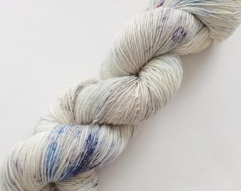 Delphinium Fields yarn, speckled yarn, hand dyed yarn, speckled single ply yarn, indie dyed yarn, knitter gift, indie dyer, crafter