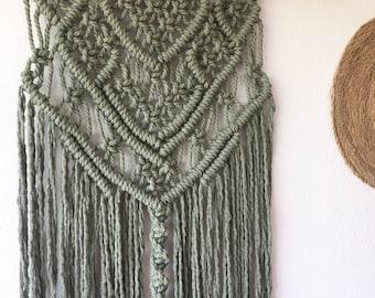 Tapestry Macrame Tess