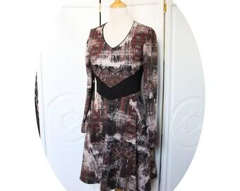 Robe courte en jersey coton bordeau et noir,robe ceinture noire, robe manches longues imprimee bordeau tartan ecossais