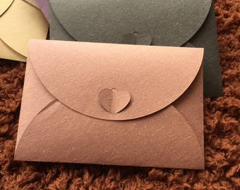 Small envelope with heart closure, 10.5x15.5cm, soft rose