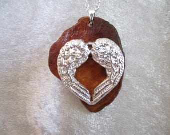 Silver Angel Wings heart pendant