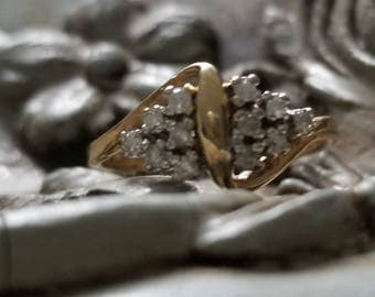 Ladies Estate Bow-Shaped Ring
