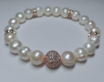 Pearls and zirconia bracelet
