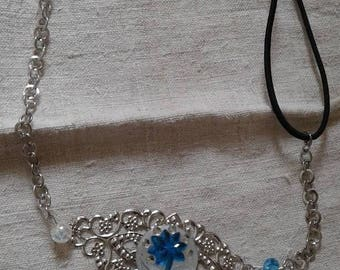 """""""headband"""" stamp and cabochon blue flower """""""