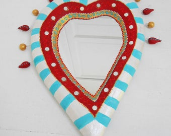 mirror heart striped carved volume