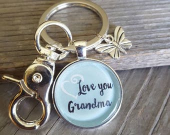 Love you Grandma Pendant Key Chain, Family Key Chain, Grandma KeyChain, Grandparents gift, Silver KeyChain, Butterfly charm, Women's Jewelry