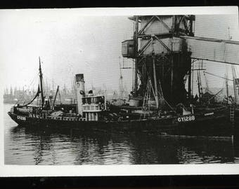 Fishing Trawler Conway GY1288 - Photograph