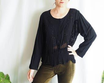 vintage black long sleeve velvet embroidered top