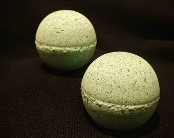 Ocean Breeze Bath Bomb With Avacado and Coconut Oils
