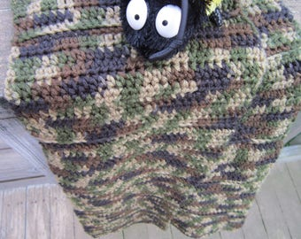 Simple Crocheted Camo Scarf