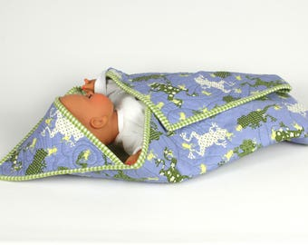 Little frogs in a pond, hooded baby quilt, unique babyshower gift, nursery, handmade baby blanket, lilac and soft green,