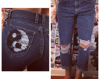 Distressed ying yang Highwaisted mom jeans