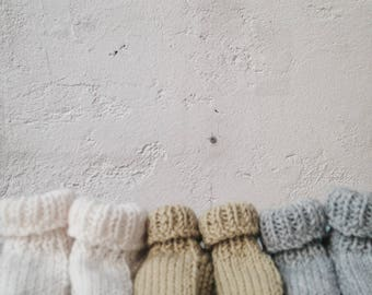 First baby shoes / newborn gift / Keychain baby / baby / knit / Birth
