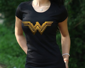 Wonder Woman shirt  Wonder Woman logo Tee  Wonder Woman tshirt Gift Tshirt Wonder Woman Tshirt  Women's T-shirt  Wonder Woman logo t shirt