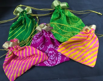 Set of 5 Assorted drawstring bags (large) [N0147]