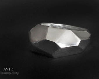 Geometric Man Ring in sterling Silver / / gift for him.