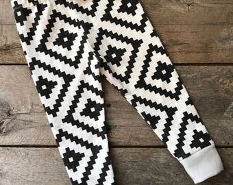 Aztec leggings; baby leggings; bear leggings; black and white; geometric