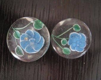 Buttons 2 old antique blue button flowers lucite blue colored flowers