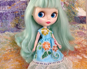 Blooming jewel blossoms Dress,  beads embroidery by hand for Neo Blythe Pullip Bjd 1/6 doll